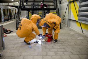 RIVM in gaspakken ter plaatst voor metingen